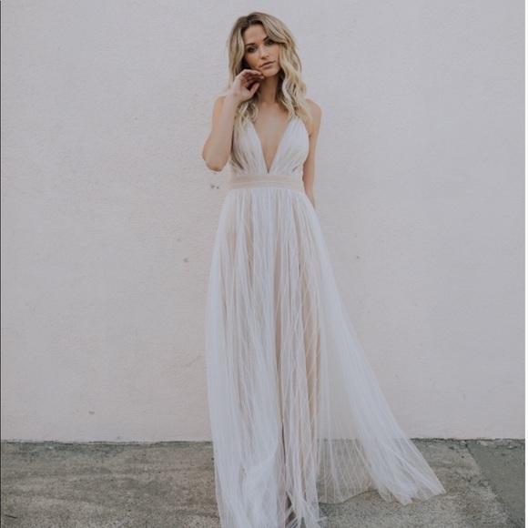 553d23f8ea Beautiful cream maxi dress